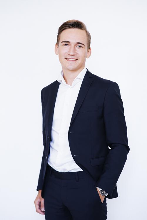 ALEXANDER HULT